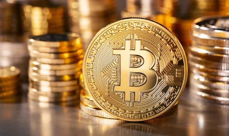 Биткоины-защекоины. Можно ли криптовалюты рассматривать как инвестицию?